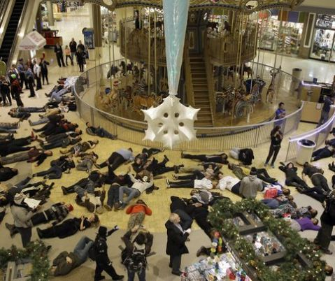 Ferguson Idiots Destroy Their Economy, force malls to close